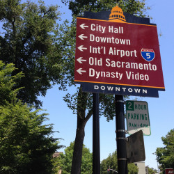 downtown sacramento sign
